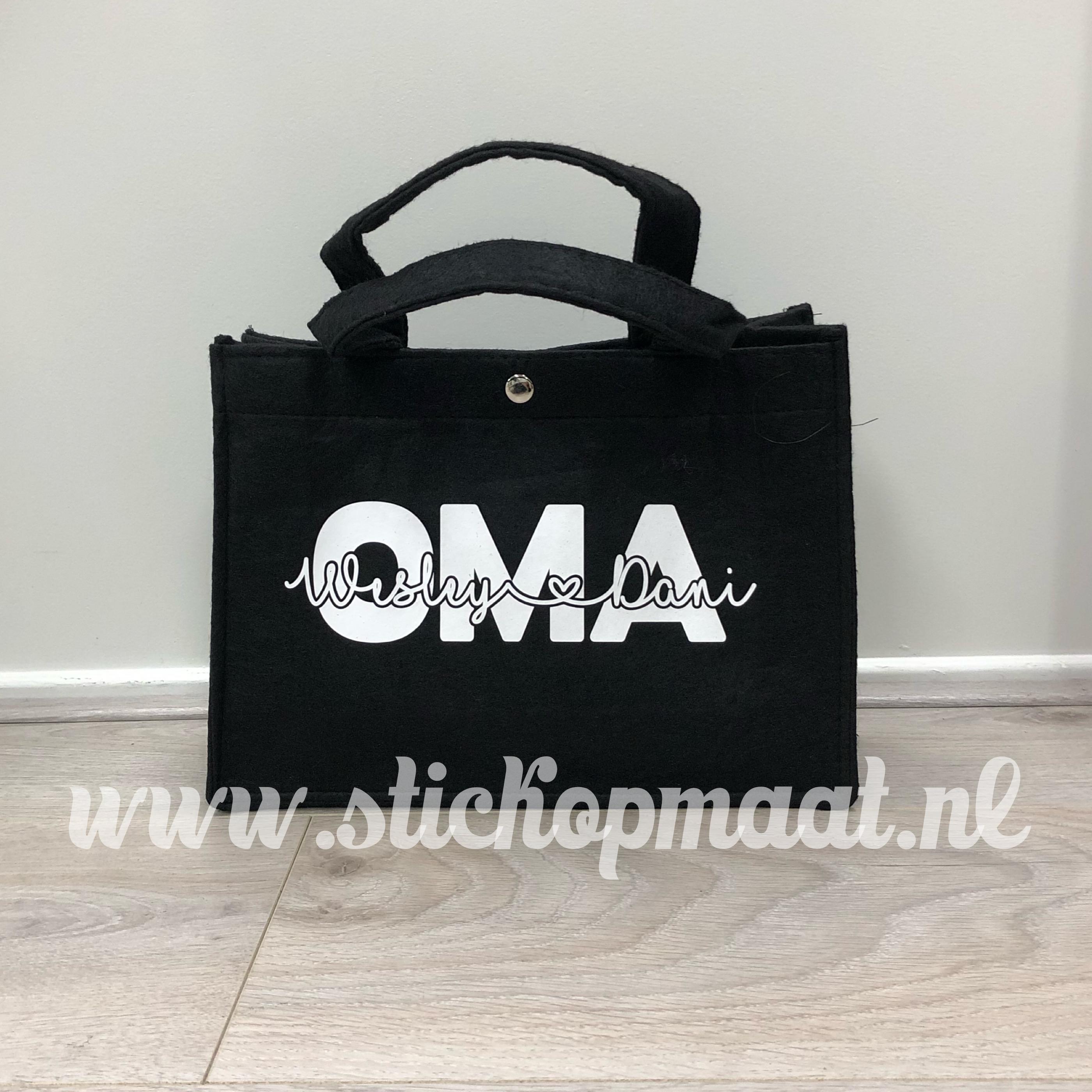 efaf93482a2 tas mama of oma met namen van de kinderen - Stickers op maat