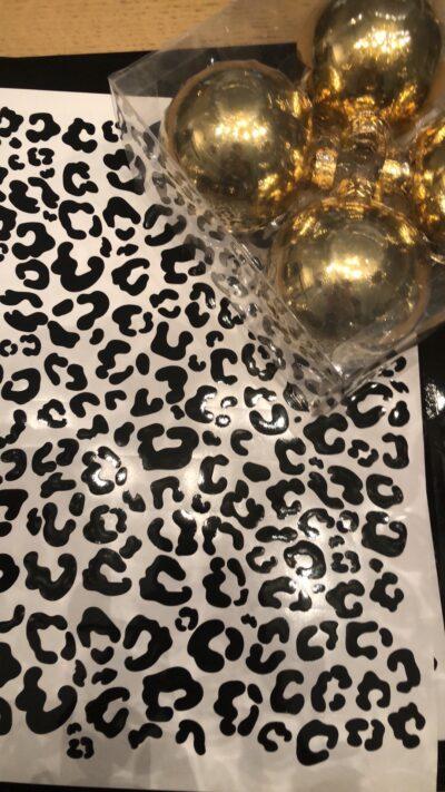 stickers-kerstballen-luipaard